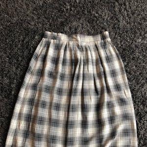 Dresses & Skirts - Vintage plaid skirt